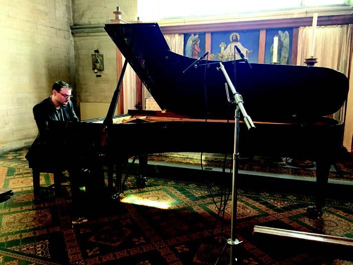 Dominic John (piano)