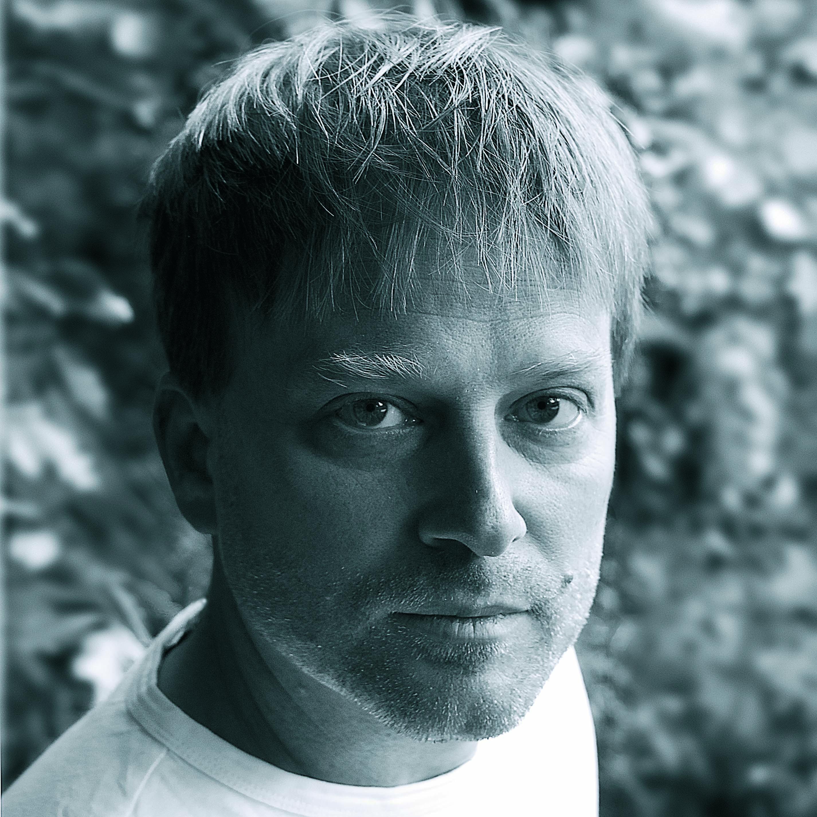 Holger Skepeneit (piano)