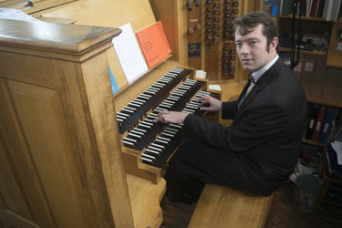 Mark Swinton (organ)