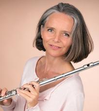 Nicola Woodward (flute)