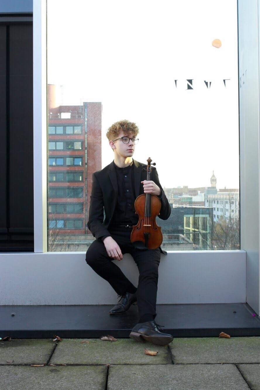 Xander Croft (violin)